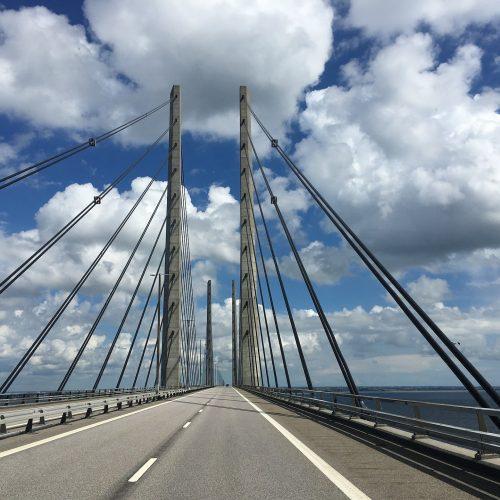 bridge-2472983_1920